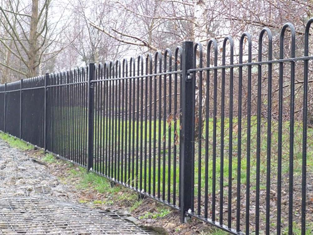 Commercial Steel Fencing